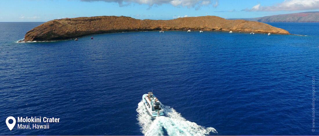 Boat tour heading to Molokini Island