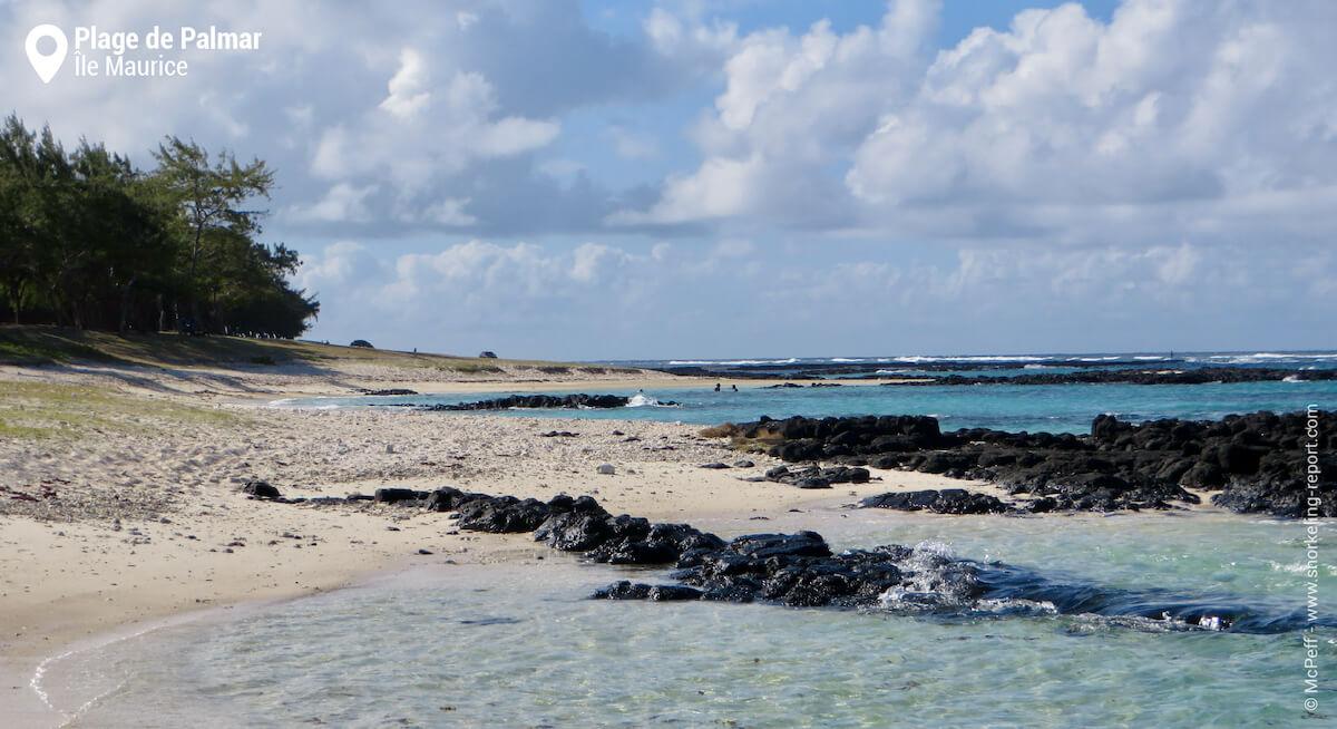 La plage de Palmar et ses barres rocheuses.