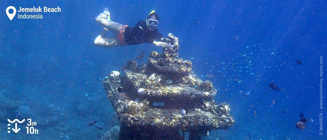 Snorkeling Jemeluk Beach underwater temple, Bali