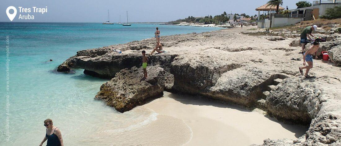 Tres Trapi steps, Aruba snorkeling