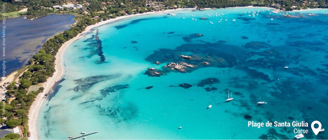 Vue sur la zone de snorkeling de Santa Giulia, Corse