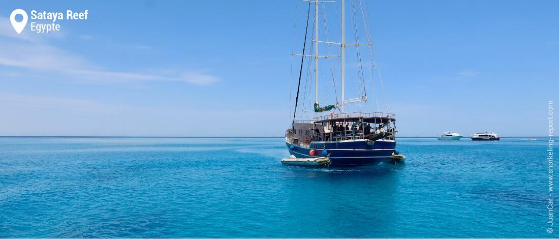 Bateaux à Sataya Reef (Dolphin House)