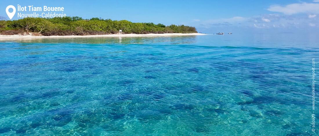 Vue sur le récif de l'îlot Tiam Bouene