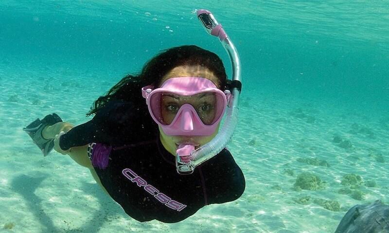 snorkeling-mask