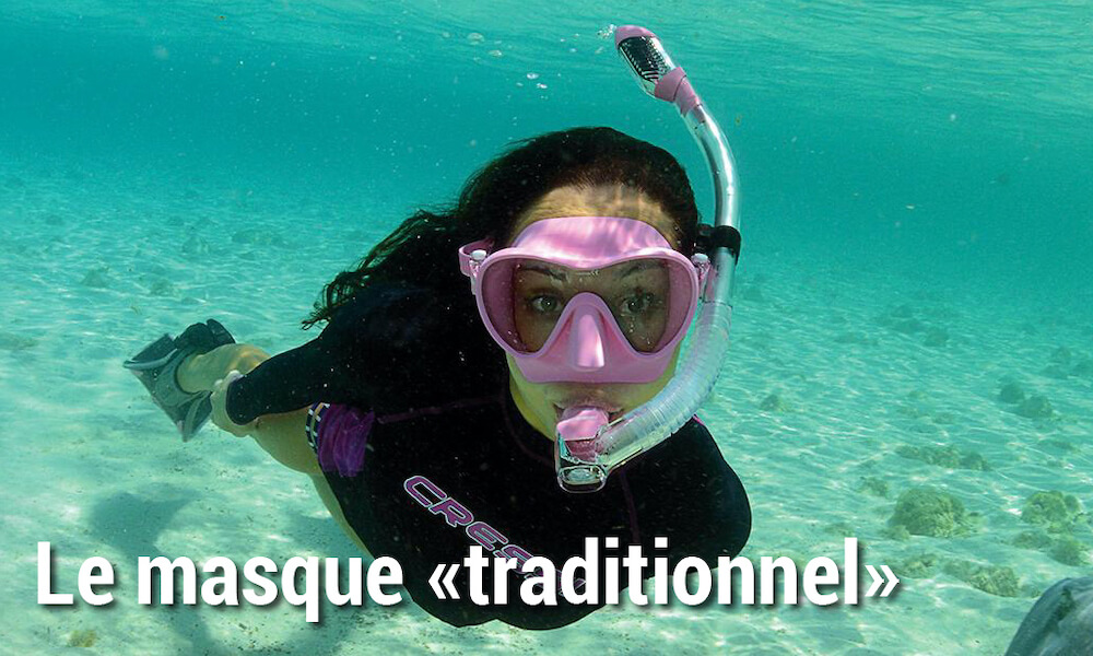Masque de snorkeling traditionnel