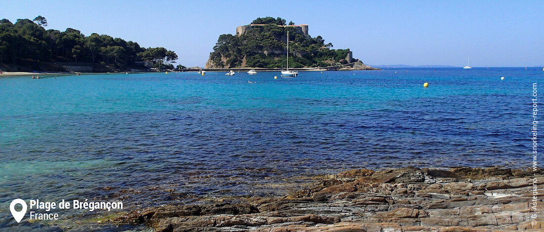 Bregançon Fort and beach, French Riviera