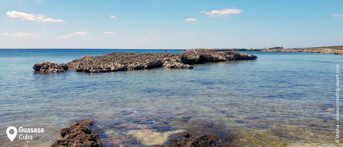 Guasasa rocky cove