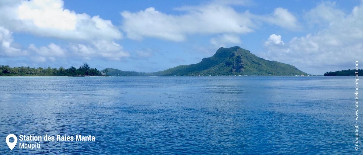Vue du lagon de Maupiti et du Motu Pitiahe