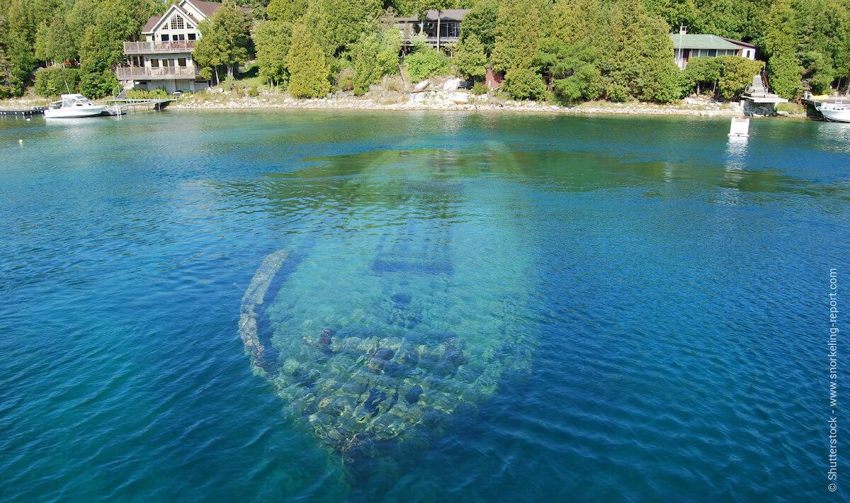 Wreck in Fathom Five Marine Park