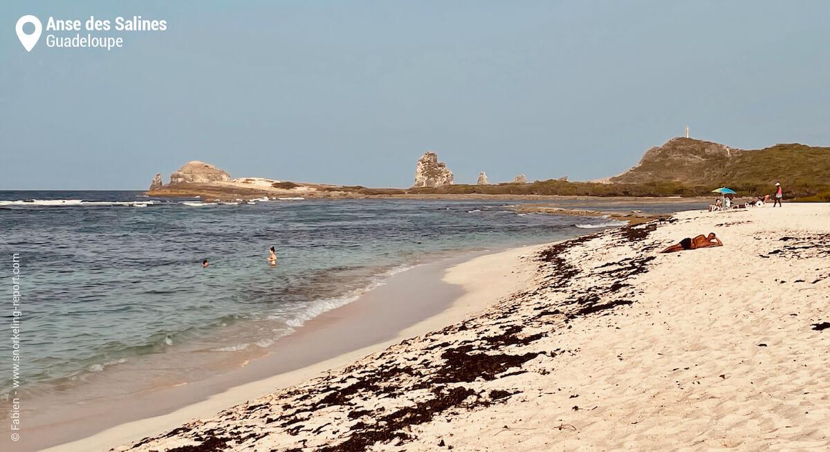 La plage de l'Anse des Salines et la Pointe des Châteaux
