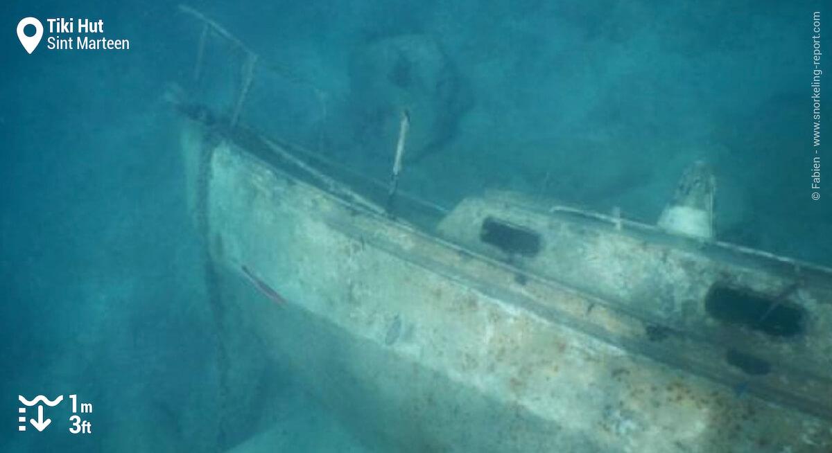 Boat wreck at Tiki Hut